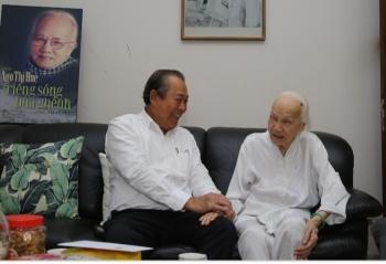Phó Thủ tướng Thường trực thăm gia đình các đồng chí nguyên lãnh đạo Đảng, Nhà nước