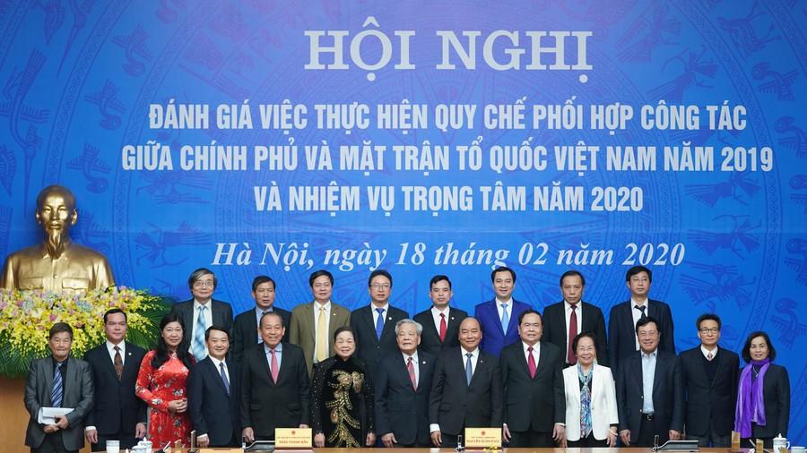 thu tuong chu tri hoi nghi ve quy che phoi hop cong tac giua chinh phu va mat tran to quoc
