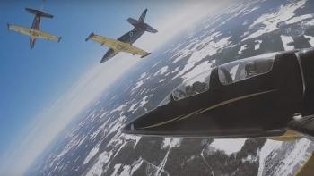 Pha nhào lộn ngoạn mục như phim bom tấn của các máy bay Nga