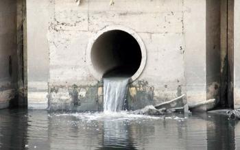 Phạt nặng hành vi xả khí thải độc hại trực tiếp vào nguồn nước