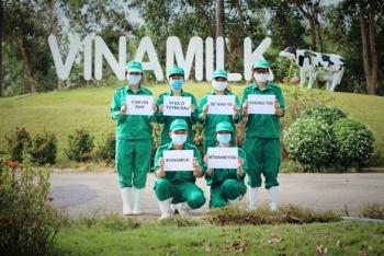 Vinamilk ủng hộ 15 tỷ đồng để tiếp sức cho các đơn vị tuyến đầu chống dịch