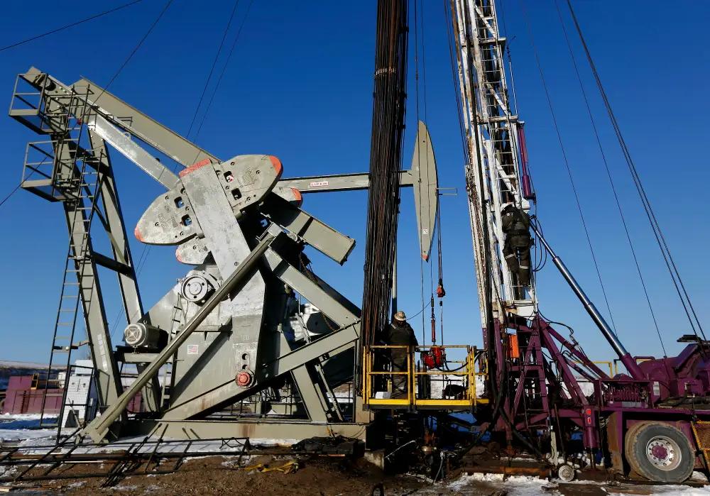 Tại sao giá dầu tăng không ảnh hưởng tới đầu tư năng lượng sạch
