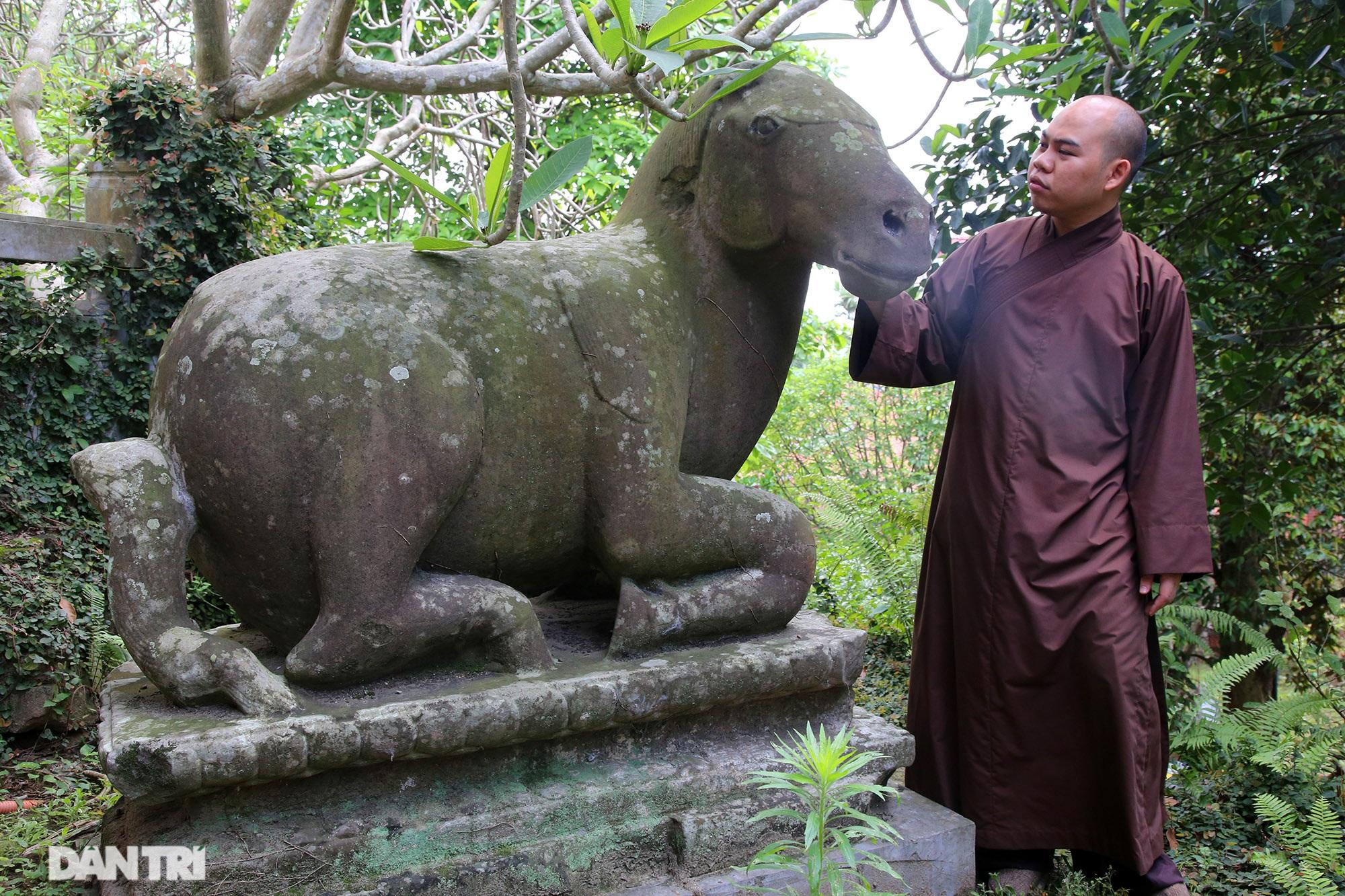 Kỳ lạ 10 linh thú đá nghìn năm tuổi canh gác chùa Phật Tích - 12