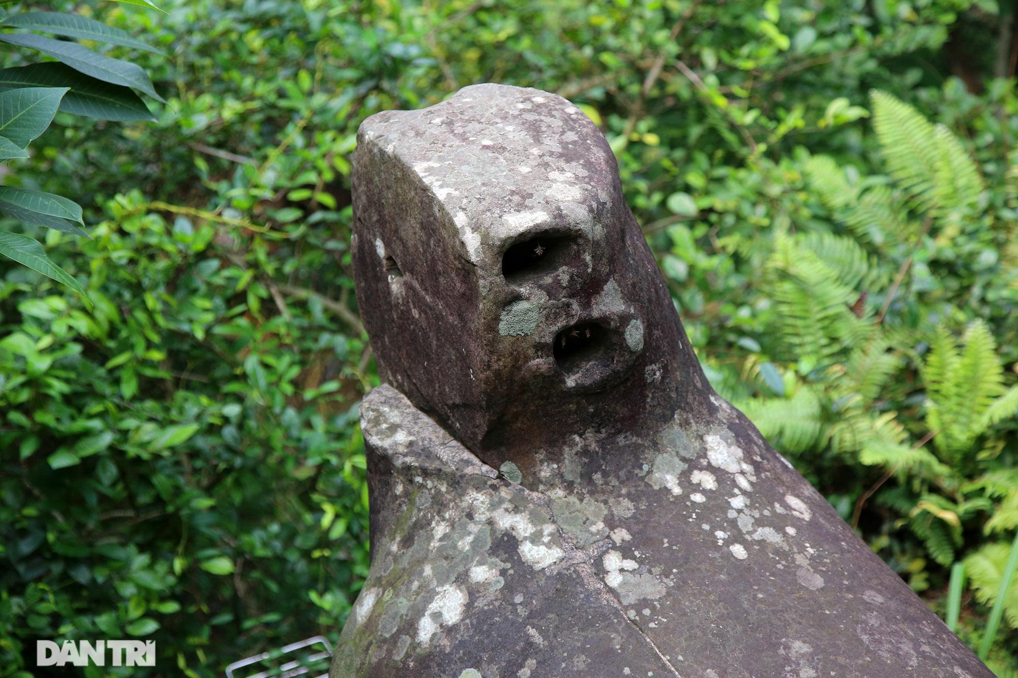 Kỳ lạ 10 linh thú đá nghìn năm tuổi canh gác chùa Phật Tích - 6