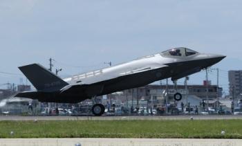 Thiết bị có thể khiến phi công F-35 Nhật bất tỉnh trước khi lao xuống biển