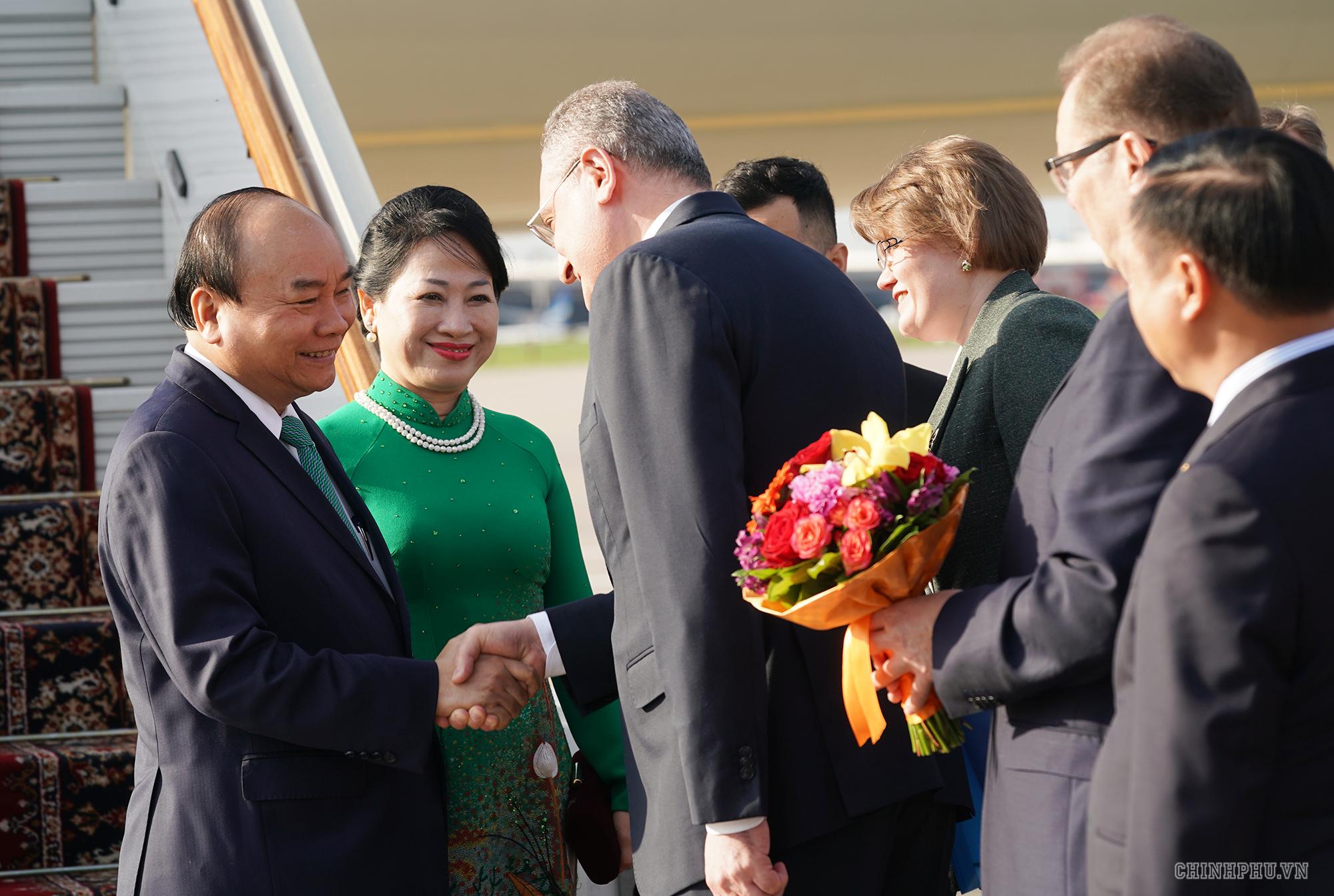 le don chinh thuc thu tuong nguyen xuan phuc tai thu do moscow nga