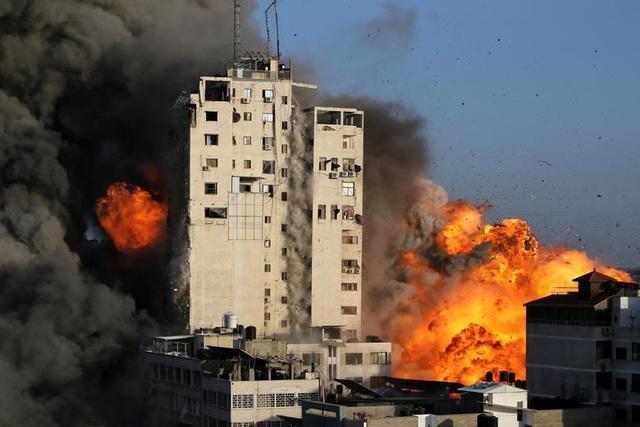 Dải Gaza chìm trong khói lửa, thùng thuốc súng Trung Đông nóng trở lại - 1