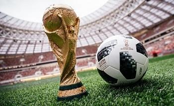 tran mo man world cup dung trai bong tung trinh dien tren vu tru