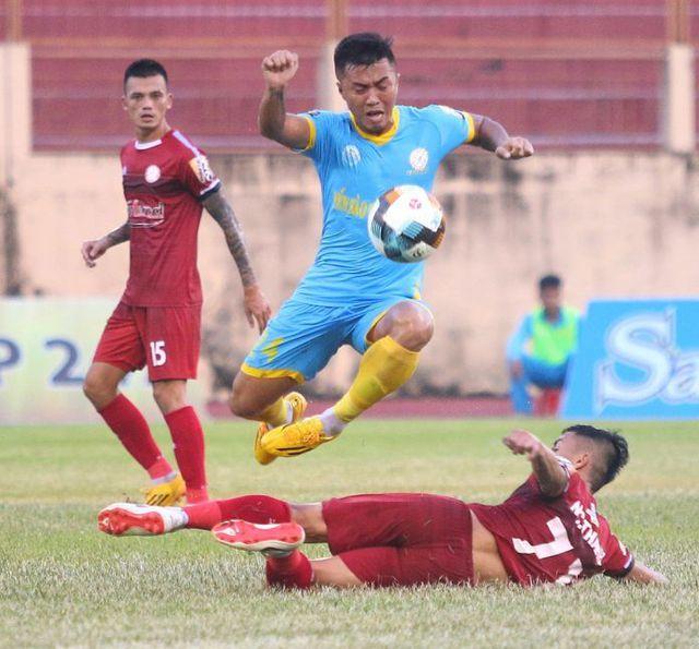 vong 13 v league 2019 cuoc chien ngoi dau bang