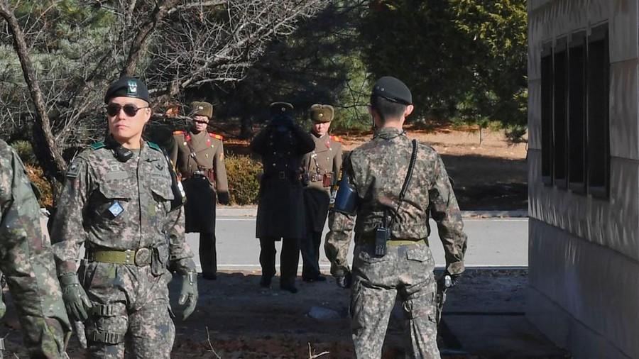 Sau nhiều hành động đe dọa, nhà lãnh đạo Triều Tiên quyết định dừng các kế hoạch quân sự nhằm vào Hàn Quốc