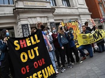Hậu quả không mong muốn của việc trừng phạt Big Oil