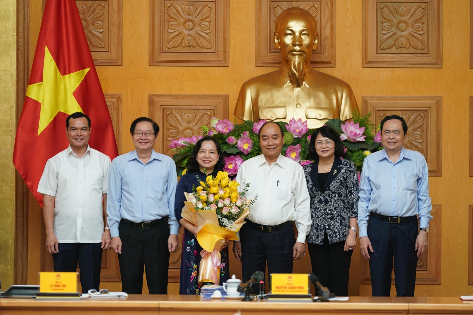 thu tuong chinh phu chu tri cuoc hop hoi dong thi dua khen thuong trung uong