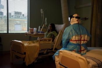 Mỗi phút có một người chết, bác sĩ Mỹ phải chọn bệnh nhân để cứu