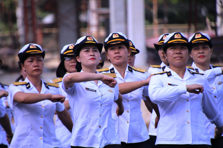 Huấn luyện SSCĐ ở Tàu 11, Lữ đoàn 171 Hải quân, ảnh Mai Thắng