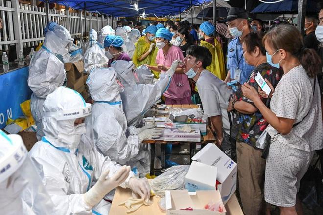 Biến chủng Delta nguy hiểm châm ngòi ổ dịch cộng đồng mới ở Trung Quốc - 1