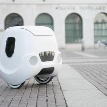 video robot giao hang tu dong