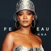 Điều gì giúp Rihanna trở thành nghệ sĩ giàu nhất thế giới?