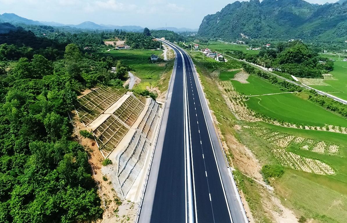 Bảo đảm minh bạch, chất lượng 3 dự án giao thông