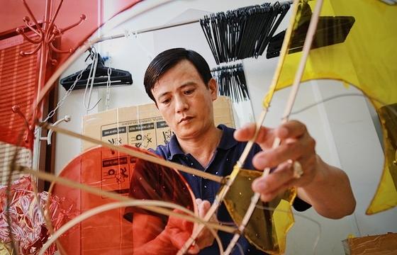 Làng nghề lồng đèn lớn nhất Sài Gòn đìu hiu vì dịch Covid-19