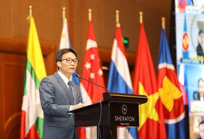 Phó Thủ tướng Vũ Đức Đam dự Hội nghị cấp Bộ trưởng ASEAN về nguồn nhân lực