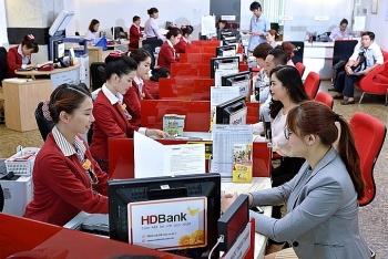 Nhà đầu tư chuộng gửi tiết kiệm ngân hàng