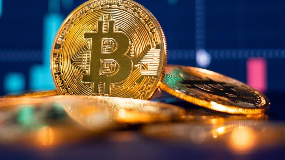 """Giá Bitcoin hôm nay 12/9/2021: Phục hồi sau """"cơn bão"""""""