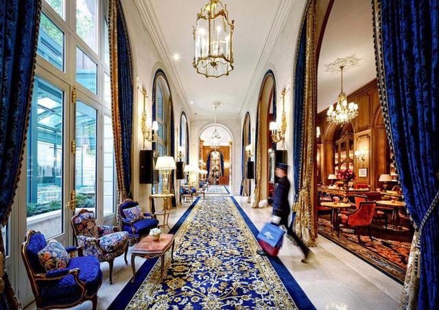 khách hàng đến khách sạn của Cesar Ritzđều cảm nhận rõ hương vị vương giả, thời thượng