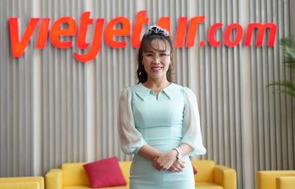 """Tỷ phú Nguyễn Thị Phương Thảo đã """"làm những điều khác biệt"""" như thế nào?"""