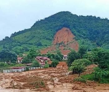 Thủ tướng chỉ đạo tập trung cứu nạn, khắc phục hậu quả sạt lở đất tại Thừa Thiên Huế và Quảng Trị