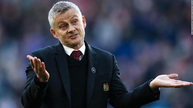 HLV Solskjaer nói gì sau thất bại bẽ bàng của Man Utd trước Leicester?