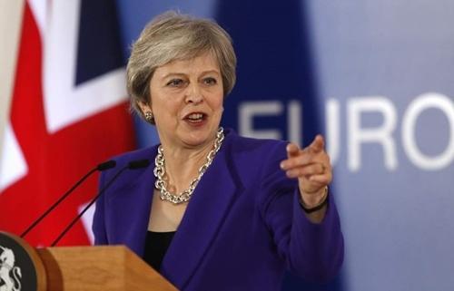 Nga bắt ba tàu chiến Ukraine: Thủ tướng Anh nói Nga phải thả tàu và các thủy thủ