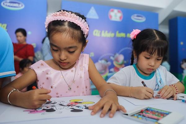Hơn 46.300 học sinh tỉnh Vĩnh Long được thụ hưởng sữa học đường năm học 2020-2021