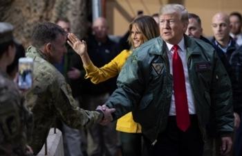 Trump bất ngờ thăm lực lượng Mỹ tại Iraq
