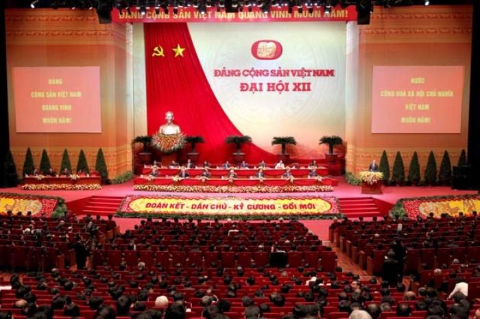 [Chùm ảnh] Đại hội Đảng XII thảo luận các văn kiện tại Hội trường
