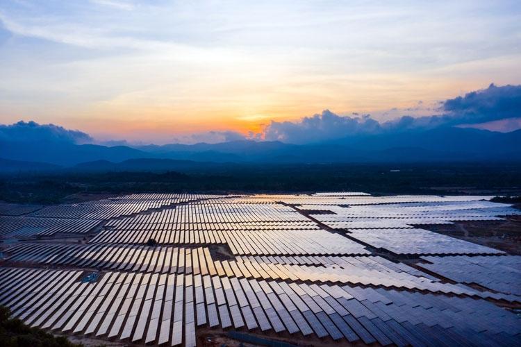 Nhà máy điện mặt trời Trung Nam.