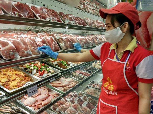 Nguyên nhân nào khiến giá thịt lợn liên tục lao đao?