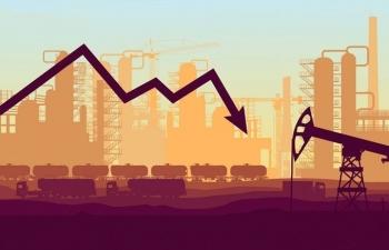 Giá xăng dầu hôm nay 16/1: Lo nhu cầu sụt giảm, giá dầu đồng loạt lao dốc