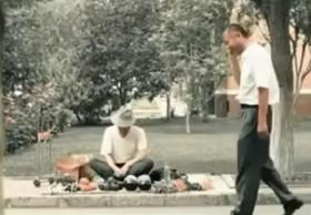 video phim ngan khien hang trieu nguoi roi le