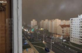 [VIDEO] Kinh hoàng bão lớn biến ngày thành đêm trong