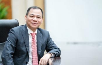 """Ông Phạm Nhật Vượng - Tỷ phú Việt Nam duy nhất trong """"bảng vàng"""" chống dịch của Forbes"""
