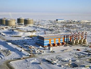 """Novatek tiếp tục """"vượt mặt"""" Gazprom"""