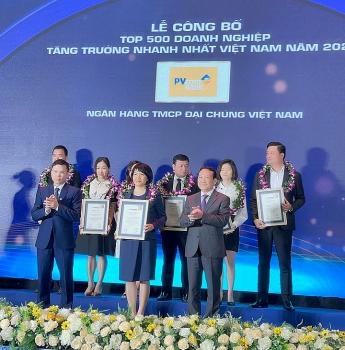 PVcomBank vinh dự trong  Top 500 DN tăng trưởng nhanh nhất Việt Nam năm 2021