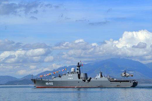 [Chùm anh] Sức mạnh Hải quân nhân dân Việt Nam