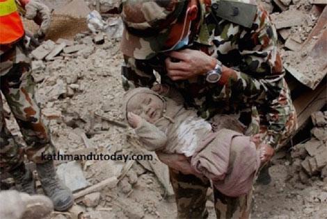Những tình huống thoát chết phi thường trong thảm họa động đất ở Nepal