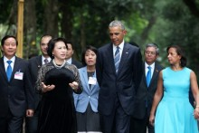 Ngày bận rộn và phút thảnh thơi của TT Obama ở Hà Nội
