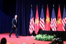 Tổng thống Mỹ: Nước lớn không thể 'ăn hiếp' nước nhỏ!