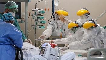 Nikkei: Vingroup làm máy thở nhằm phòng vệ làn sóng virus tiếp theo.