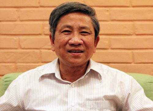 Giáo sư Nguyễn Minh Thuyết: Chữa bệnh thành tích thế nào đây?
