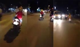 [VIDEO] Bố chở con trai đánh võng trên phố