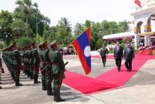 Đồng chí Trần Đại Quang tới thăm Lào – Quốc gia đầu tiên trên cương vị Chủ tịch nước